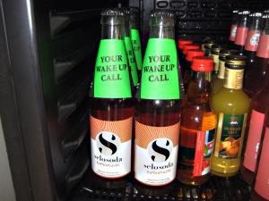 Flasche mit dem Erfrischungsgetränk selosoda